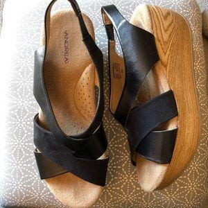 Andrea wedges black size 8